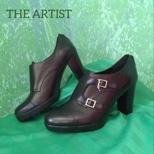 NWOT leather boot cut/ankle heels